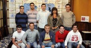 Foto de familia del Txamon Oviedo (Foto: Zureda Press)