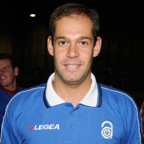 Rubén Muñoz, entrenador del Centro Asturiano (Foto: Zureda Press).