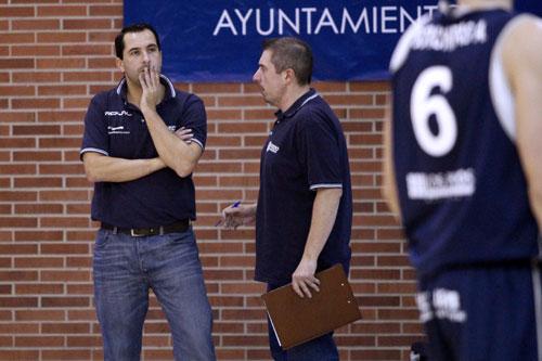 Guillermo Arenas, junto al delegado Julio Rocha (Foto: Jonás Sánchez).