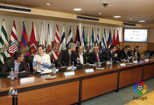 La reunión de hoy donde se constituyó la Asociación de Clubes de Primera División de Fútbol Femenino (Foto: LaLiga).