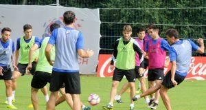 El equipo azul, en un entrenamiento esta semana en El Requexón (Foto: Zureda Press)