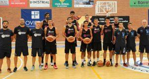 El Oviedo empezó hoy sus entrenamientos en Pumarín (Foto: Zureda Press)
