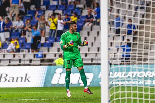 Juan Carlos celebra un gol de los azules (Foto: Álvaro Campo)